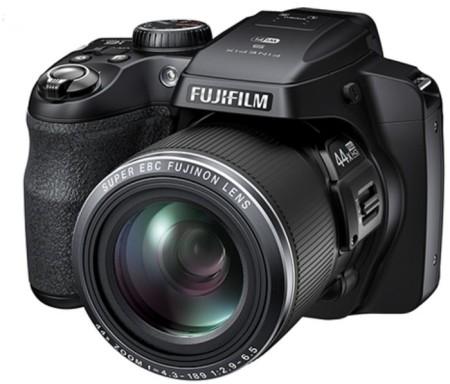 FUJIFILM FINEPIX S8400w Review